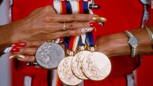 olympics-1988-flo-jo-7typesofqueenskingsdesire-book