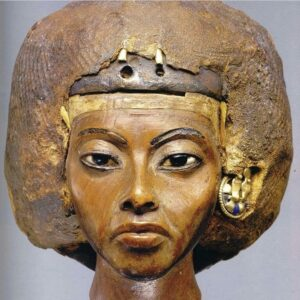 queen-tiye-7-types -of-queens