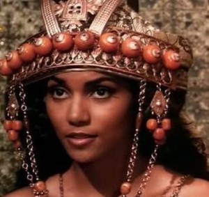 sheba_7_queens_kings_desire_halle_berry